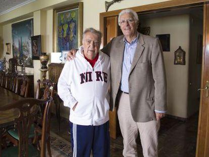 Pedro Ferrándiz y Lolo Sáinz en el domicilio del primero.