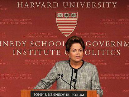 La presidenta de Brasil, Dilma Rouseff, en Harvard. La Universidad de EE UU colabora con la de Sao Paulo
