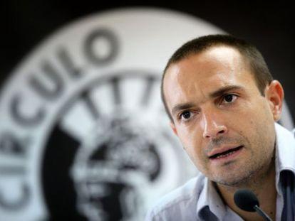 Luis Alegre, responsable de organización de Podemos, durante la asamblea de hoy.