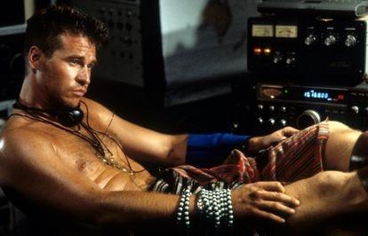 Val Kilmer en una escena de 'La isla del Dr. Moreau'.