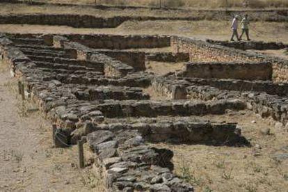 Muros frontales del gran palacio de la ciudad que ordenó construir Leovigildo.