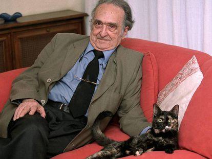 Rafael Sánchez Ferlosio, en 2002.