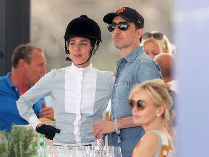 Carlota Casiraghi con Gad Elmaleh en Saint-Tropez.