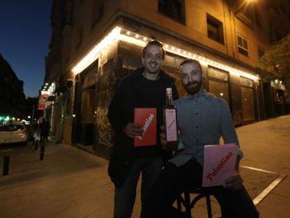 El bar reabre este jueves reformado y con una nueva oferta gastronómica, pero manteniendo el espíritu que lo hizo mítico