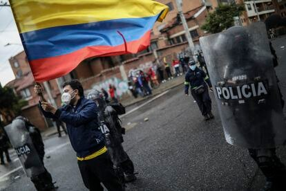 Demonstrators protest against police brutality during the national strike on May 1.