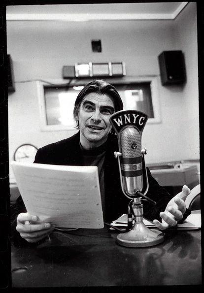 Gilbert Sorrentino, in New York in the 1960s.