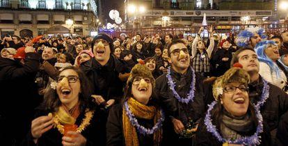 El primer ensayo de las campanadas de Nochevieja en la Puerta del Sol de Madrid, en 2010.