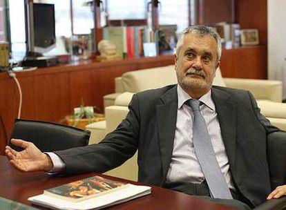 José Antonio Griñán, en un momento de la entrevista.