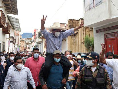 El candidato presidencial peruano Pedro Castillo, este domingo en Tacobamba.