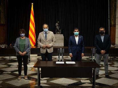 El presidente de la Generalitat, Quim Torra, durante la firma del Acuerdo por una Cataluña social.