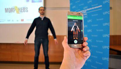 La aplicación móvil desarrollada por Intexter para acertar la talla.