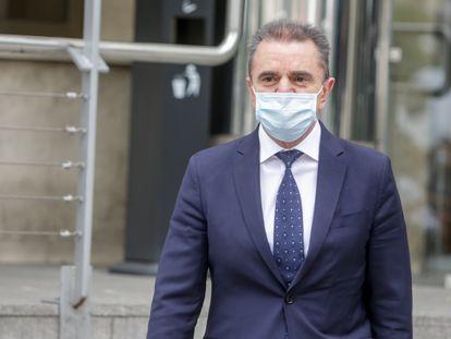 El delegado del Gobierno en Madrid, José Manuel Franco, a su salida de los juzgados de plaza de Castilla tras declarar como investigado en el 'caso 8-M', el 10 de junio.