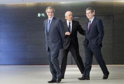 César Alierta, Francisco González y Pablo Isla.