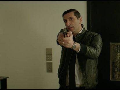Fares Fares, el protagonista, en un fotograma de 'El Cairo Confidencial'.