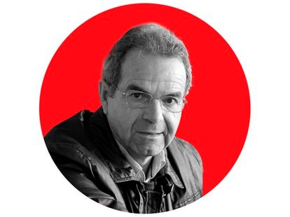 El poeta Manuel Ruiz Amezcua.