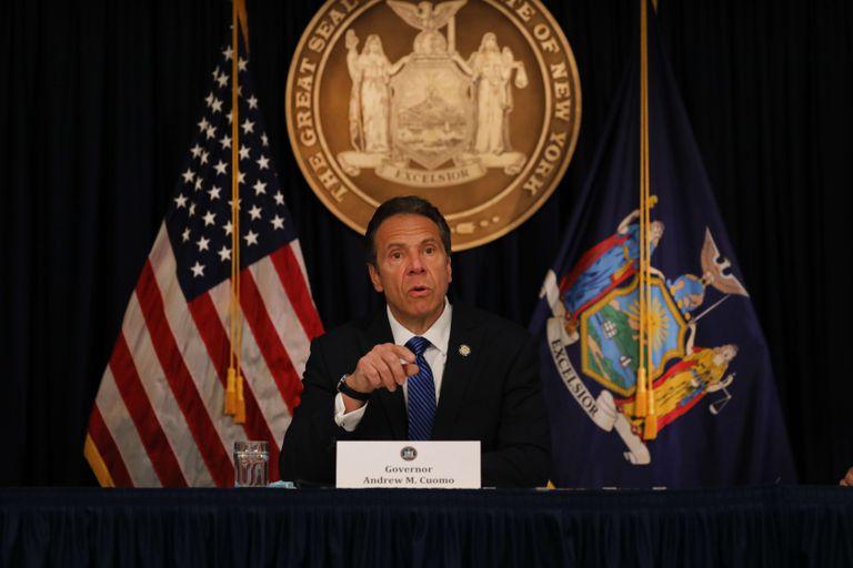 El gobernador Andrew Cuomo, el jueves en su rueda de prensa diaria.