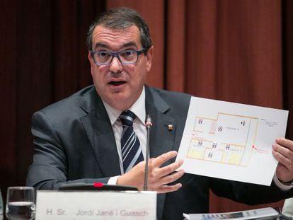 El consejero de Interior, Jordi Jané, en el Parlament.