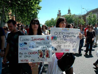 Manifestación de investigadores del CSIC, en una imagen de archivo de 2013.