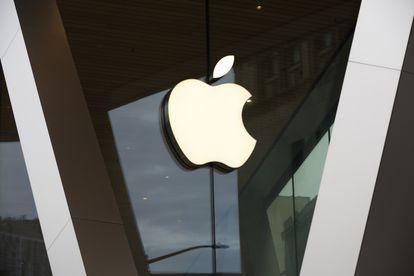 Logo de Apple en Nueva York.