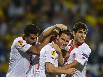 Los jugadores del Sevilla celebran un gol. VÍDEO: ATLAS