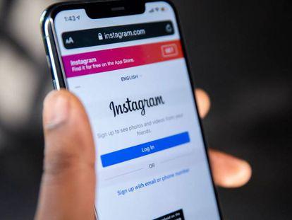 Aplicación de Instagram en un teléfono inteligente.