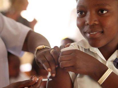 Las vacunas salvan millones de vidas de la muerte y la discapacidad.