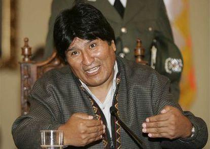 Morales ha entregado este sábado alrededor de 38.000 hectáreas a un grupo de indígenas guaraníes de Santa Cruz.