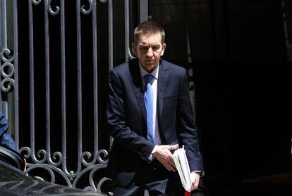 El fiscal anticorrupcion Manuel Moix sale de la fiscalia especial contra corrupcion y crimen organizado.
