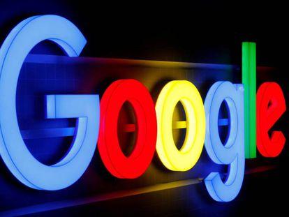 Logo de la tecnológica Google en una de sus sedes.