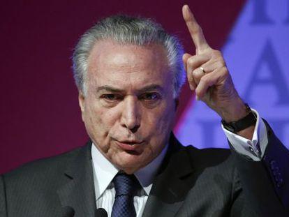 Michel Temer habla en un foro económico en Sao Paulo.