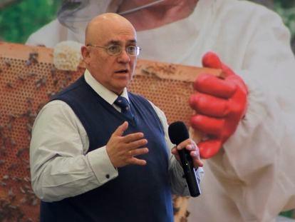 El médico Gustavo Olaiz, durante una ponencia en noviembre de 2019.