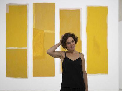 Rosalind Nashashibi, ante 'Altar', una de las obras realizada en Sevilla para su exposición en el Centro Andaluz de Arte Contemporáneo.