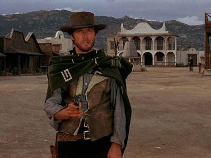 Clint Eastwood en una escena de 'Por un puñado de dólares', rodada en Hoyo de Manzanares (Madrid).