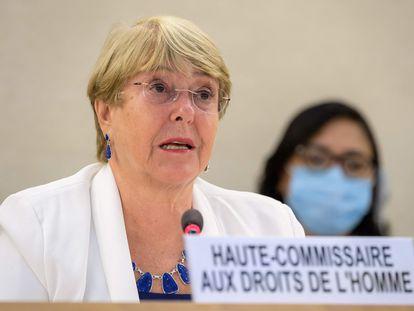 La alta comisionada de las Naciones Unidas para los derechos humanos, Michelle Bachelet, en su intervención durante una sesión especial de urgencia del Consejo de Derechos Humanos de la ONU, este martes en Ginebra.