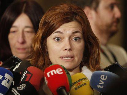 Elisenda Alamany de Catalunya en Comú Podem tras la reunión que ha mantenido con representantes de Ciudadanos sobre la presidencia del Parlament de Catalunya.