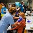 DVD1046 (09/04/2021) Vacunación en el WiZink center en Madrid. Andrea Comas.
