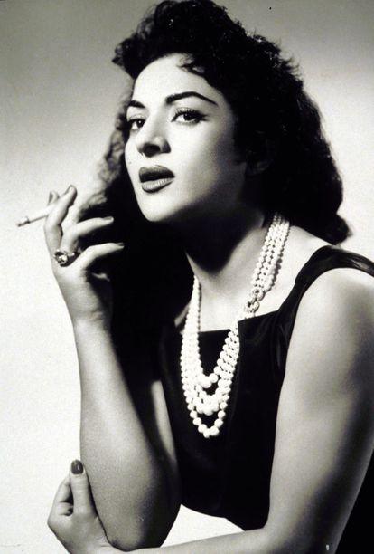 Lola Flores, en los años cincuenta.
