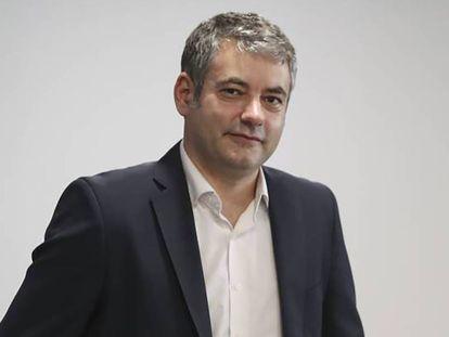 """Julio Somoano: """"España no está acostumbrada a los pactos"""""""