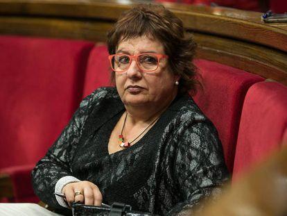 La consejera Dolors Bassa, en el Parlament