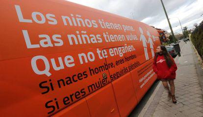Autobús de Hazte Oír en Madrid.