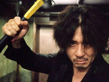 Un instante de 'Oldboy', de Chan-Wook Park (2003). En vídeo, tráiler de la película.