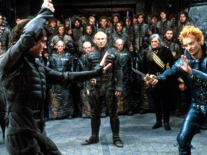 Kyle MacLachlan (Paul Atreides) y Sting (Feyd-Rautha), en la escena del duelo de la versión de David Lynch de 'Dune'.