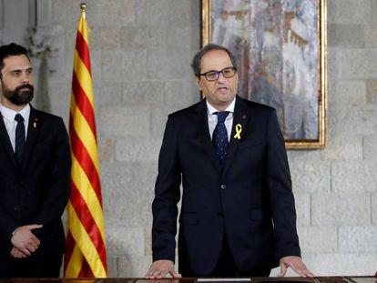Quim Torra durante su toma de posesión como presidente de la Generalitat de Cataluña, este jueves.
