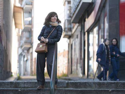 Elvira Lindo, en el barrio de Carabanchel, en Madrid.
