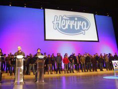 Presentación del colectivo Herrira en el Kursaal de San Sebastián.