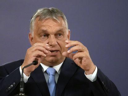 El primer ministro húngaro, Viktor Orbán, en una rueda de prensa este jueves durante su visita oficial a Serbia.