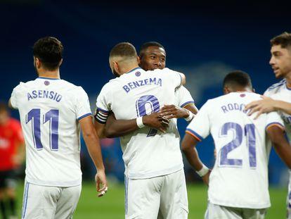 Asensio, Benzema, Alaba, Rodrygo y Valverde celebran un gol ante el Mallorca.