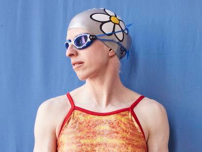 Susana Rodríguez Gacio, médica y deportista paralímpica de triatlon, fotografiada en el Centro de Alto Rendimiento de Granada (julio 2021).