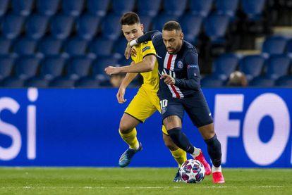 Neymar, ante Guerreiro.