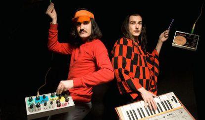 El dúo musical Hidrogenesse.